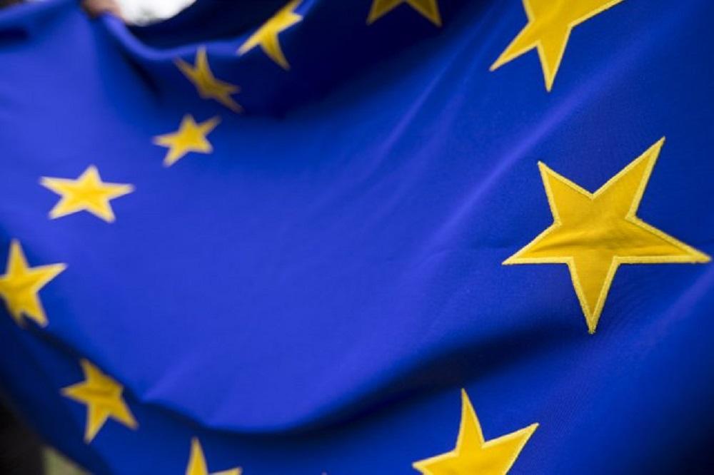 Θα μπορούσε η Ε.Ε. να προστατεύσει την Ελλάδα και την Κύπρο ...