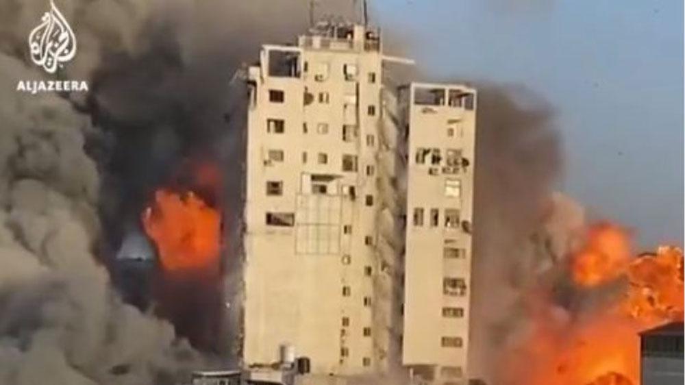 Η στιγμή που καταρρέει κτήριο 14 ορόφων από ισραηλινό βομβαρδισμό στη Γάζα:  Βίντεο που σοκάρει | Hellasjournal.com